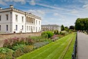 The Herbaceous Border and the Queen's House