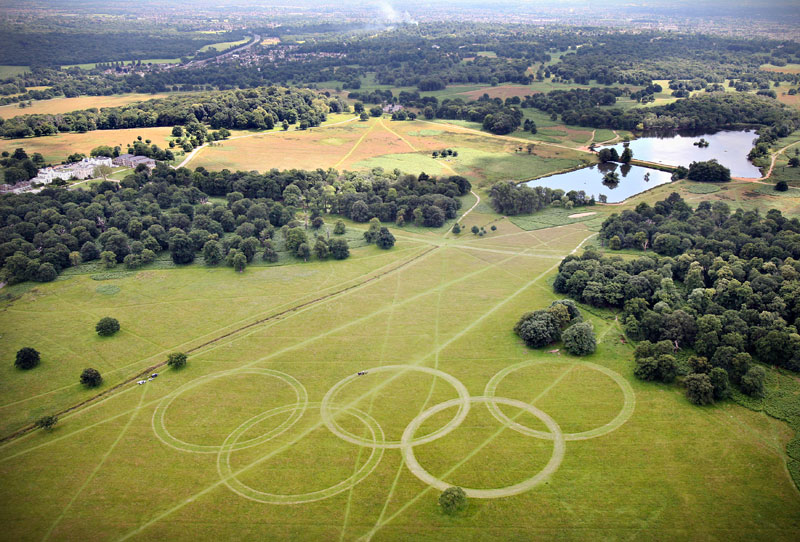 Olympic Rings have been mowed into the grass at Richmond Park