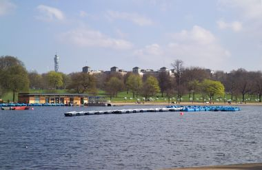 Boats on the Serpentine