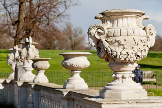 Ram's head urn in the Italian Gardens