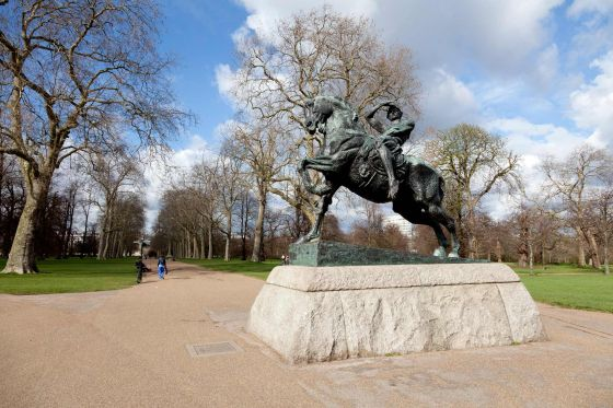 Physical Energy Statue