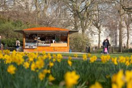 Refreshment point in St James's Park