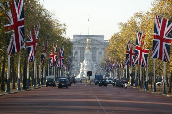 The Mall towards Buckingham Palace