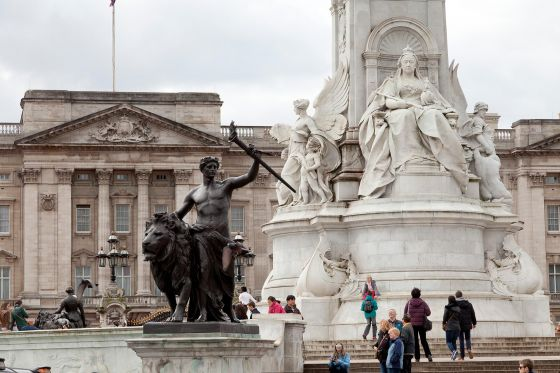 Close up of the Queen Victoria Memorial